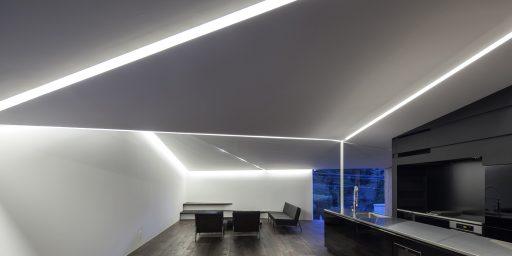 Black & White BW06 (© by 白浜誠建築設計事務所)